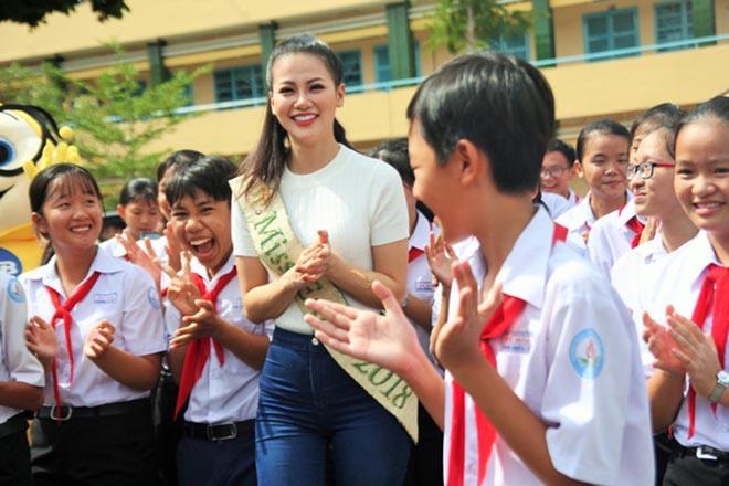 """Bảng điểm học lớp 12 của """"Hoa hậu trái đất"""" Phương Khánh - Ảnh 2."""