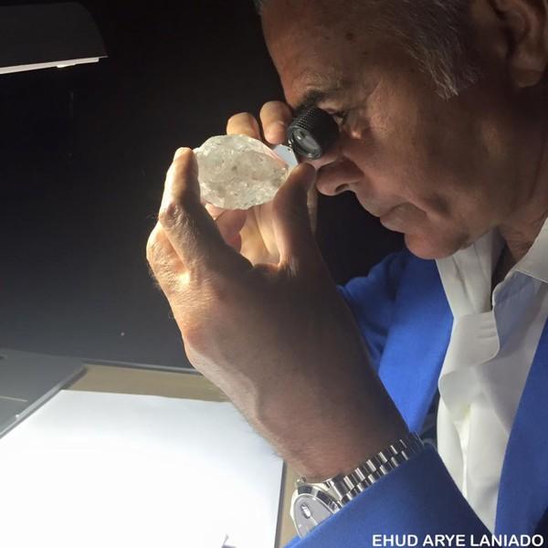 Tỷ phú kim cương tử vong khi đang phẫu thuật tăng kích cỡ bộ phận sinh dục - Ảnh 2.