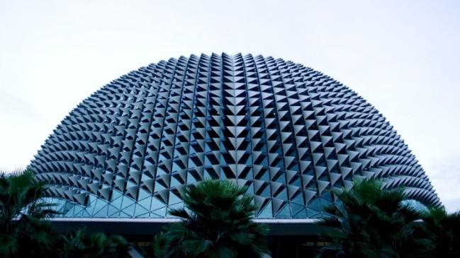Những công trình kiến trúc độc đáo và là điểm đến hút khách ở Singapore - Ảnh 1.