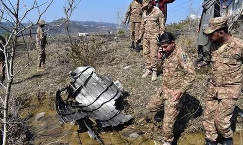 Ấn Độ lộ sơ hở vụ bắn hạ F-16, không kích Pakistan: Loạt phóng viên quốc tế tung bằng chứng - Ảnh 1.