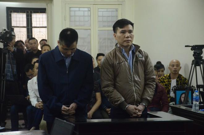 Bạn xã hội khai Châu Việt Cường bị ngáo đá, ca sỹ khẳng định nhét tỏi vào miệng là chữa bệnh - Ảnh 2.