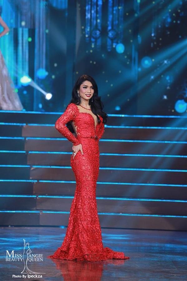 Nhật Hà chặt đẹp dàn thí sinh ở phần thi dạ hội tại chung kết Miss International Queen 2019 - Ảnh 19.