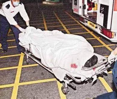 Vì người phụ nữ này, 16 năm trước không một tờ báo nào chụp được bức ảnh dung nhan của Trương Quốc Vinh khi tự vẫn - Ảnh 10.