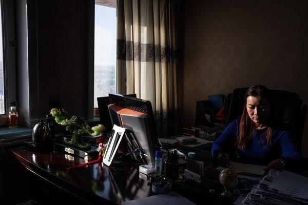 Khát tài nguyên, Trung Quốc ngấu nghiến tài sản quý báu của Nga: Người dân phẫn nộ! - Ảnh 9.