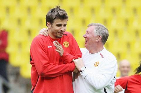Đi guốc trong bụng Solskjaer, Pique bày cách để Barcelona hạ Man United - Ảnh 1.