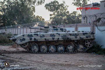 Chiến sự Libya đảo chiều nhanh chóng - Đầu não nhiều đơn vị GNA bị đánh tan hoang, tình hình nguy ngập - Ảnh 4.
