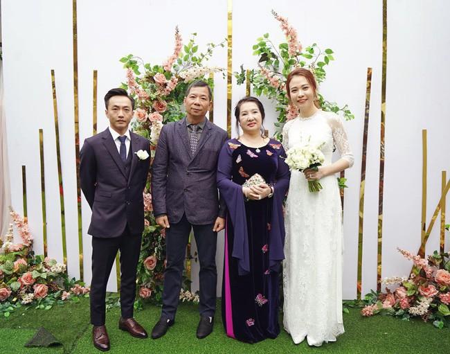 Hành động được chú ý của Cường Đô La khi dân mạng gọi Đàm Thu Trang là vợ hợp pháp duy nhất - Ảnh 4.