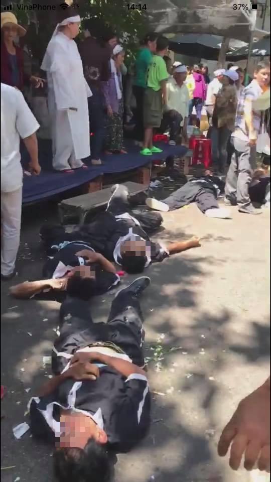 Chủ tịch TP Quy Nhơn thông tin về vụ xe sang Lexus lao vào đội khiêng quan tài, người chết, bị thương nằm la liệt - Ảnh 2.