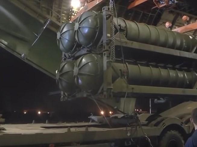 Tên lửa S-300 Syria vẫn án binh bất động: Nga đang chơi xấu đồng minh thân thiết? - Ảnh 1.