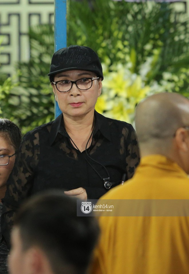 NSƯT Kim Xuân: Kẻ xấu lợi dụng xin tiền nghệ sĩ trong đám tang Anh Vũ - Ảnh 2.