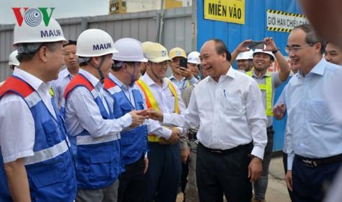 Thủ tướng thị sát tuyến Metro Bến Thành - Suối Tiên - Ảnh 1.
