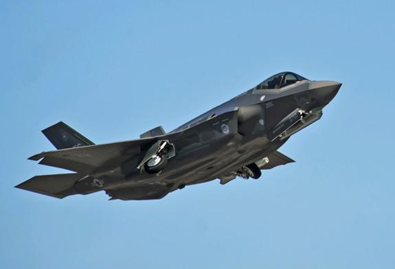 Những sự cố của F-35 trong huấn luyện - Ảnh 2.