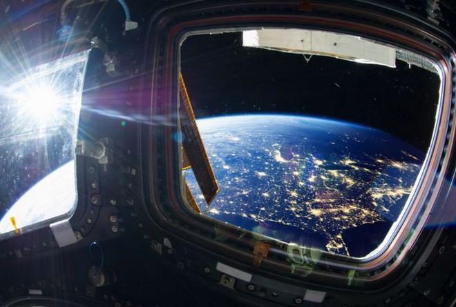 Đâu chỉ ở Trái Đất, trạm vũ trụ quốc tế ISS cũng đầy vi khuẩn và nấm nhưng không ai rõ nó có nguy hiểm không - Ảnh 1.