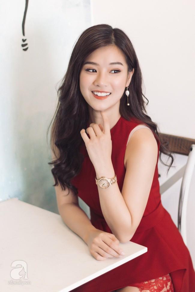 """Hoàng Yến Chibi đóng cảnh bị cưỡng hiếp ở phim kinh dị 18+ """"gây sốc nhất Việt Nam"""": Tôi nằm đó, bạn diễn muốn làm gì thì làm! - Ảnh 3."""