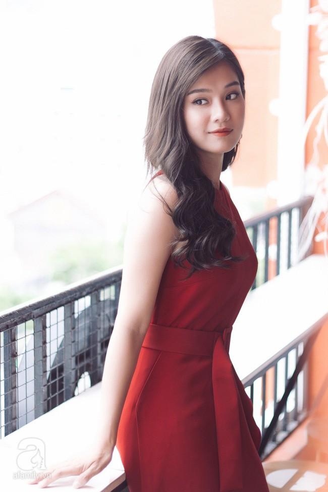 """Hoàng Yến Chibi đóng cảnh bị cưỡng hiếp ở phim kinh dị 18+ """"gây sốc nhất Việt Nam"""": Tôi nằm đó, bạn diễn muốn làm gì thì làm! - Ảnh 4."""