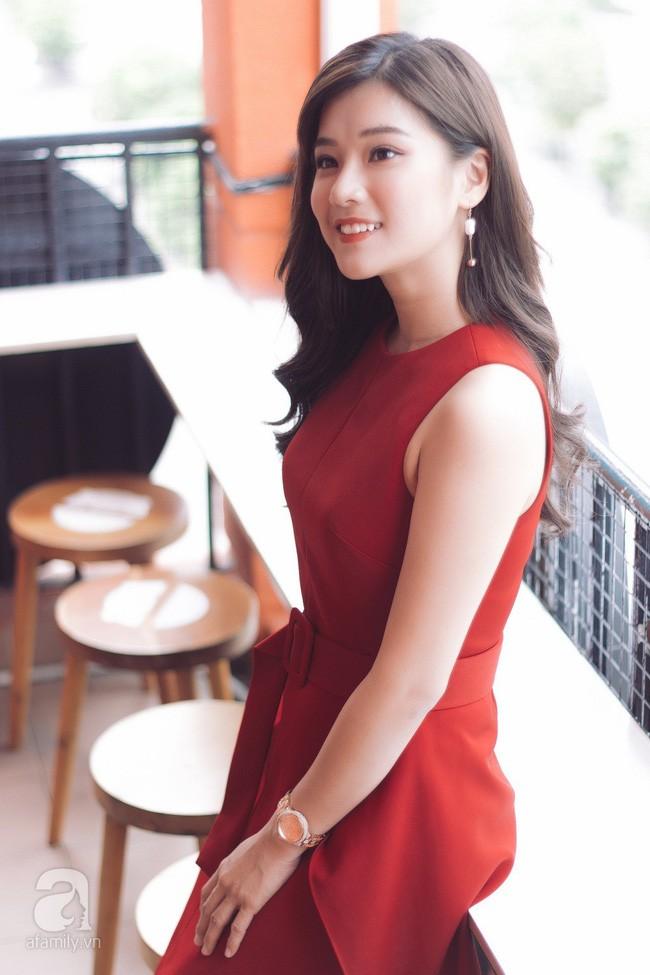 """Hoàng Yến Chibi đóng cảnh bị cưỡng hiếp ở phim kinh dị 18+ """"gây sốc nhất Việt Nam"""": Tôi nằm đó, bạn diễn muốn làm gì thì làm! - Ảnh 8."""