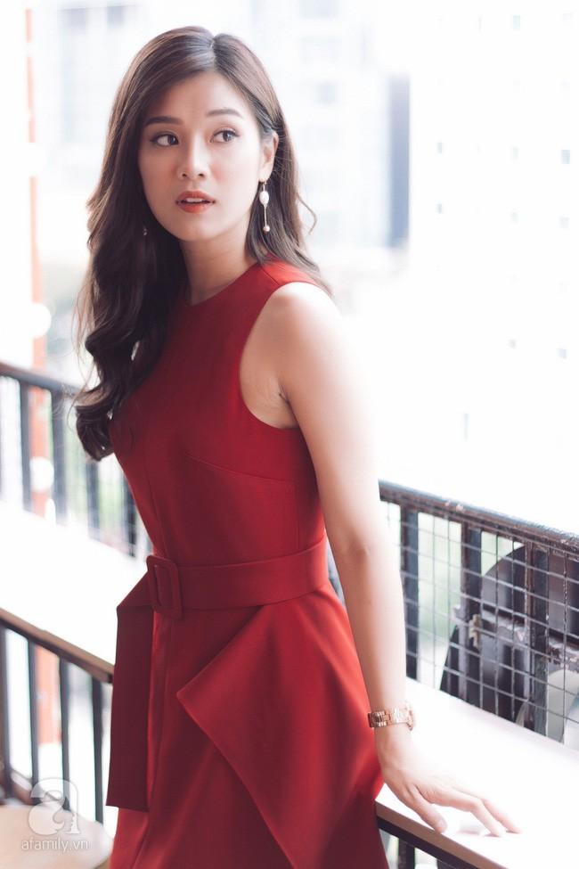 """Hoàng Yến Chibi đóng cảnh bị cưỡng hiếp ở phim kinh dị 18+ """"gây sốc nhất Việt Nam"""": Tôi nằm đó, bạn diễn muốn làm gì thì làm! - Ảnh 9."""