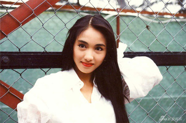 Lê Tư hồi trẻ đẹp thế nào mà Trương Bá Chi phải nói: Ở Hong Kong tôi chỉ thừa nhận cô ấy đẹp hơn tôi - Ảnh 9.
