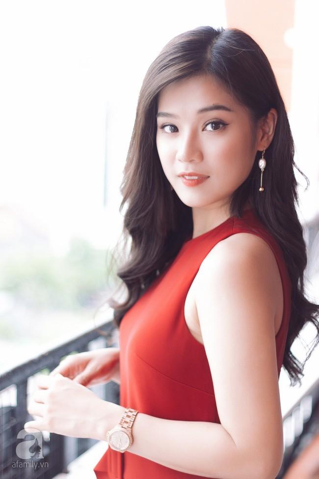 """Hoàng Yến Chibi đóng cảnh bị cưỡng hiếp ở phim kinh dị 18+ """"gây sốc nhất Việt Nam"""": Tôi nằm đó, bạn diễn muốn làm gì thì làm! - Ảnh 10."""