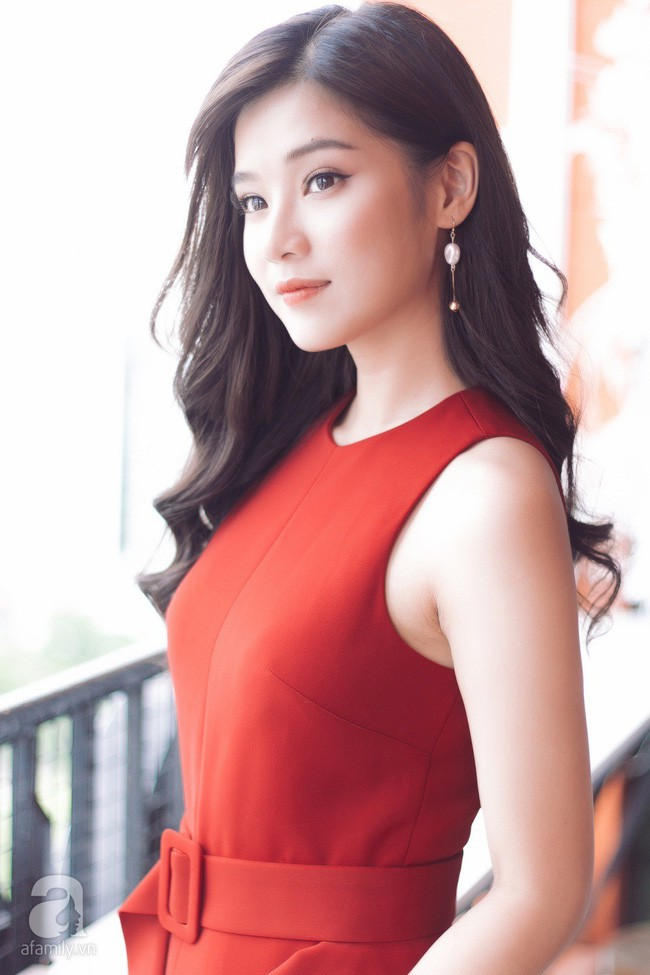 """Hoàng Yến Chibi đóng cảnh bị cưỡng hiếp ở phim kinh dị 18+ """"gây sốc nhất Việt Nam"""": Tôi nằm đó, bạn diễn muốn làm gì thì làm! - Ảnh 11."""
