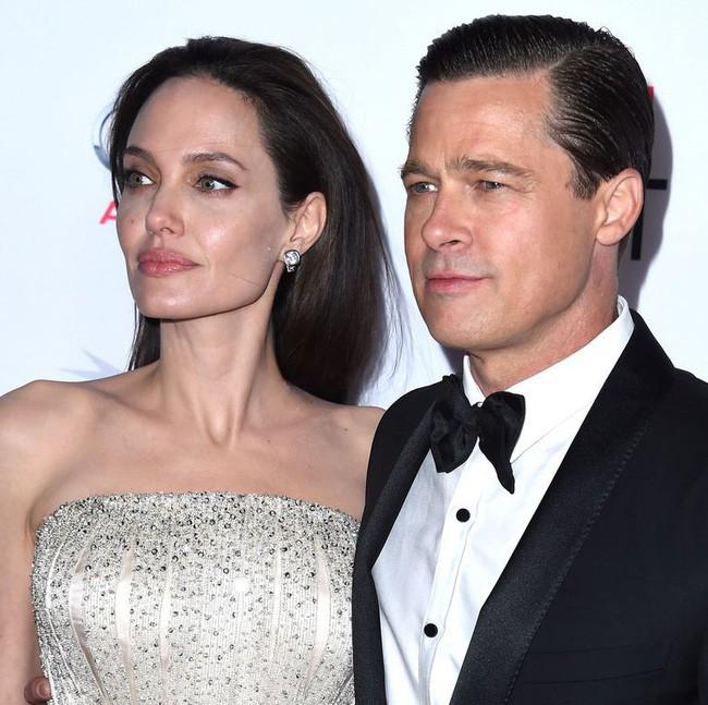 Angelina Jolie và Brad Pitt đã chính thức không còn là vợ chồng - Ảnh 1.
