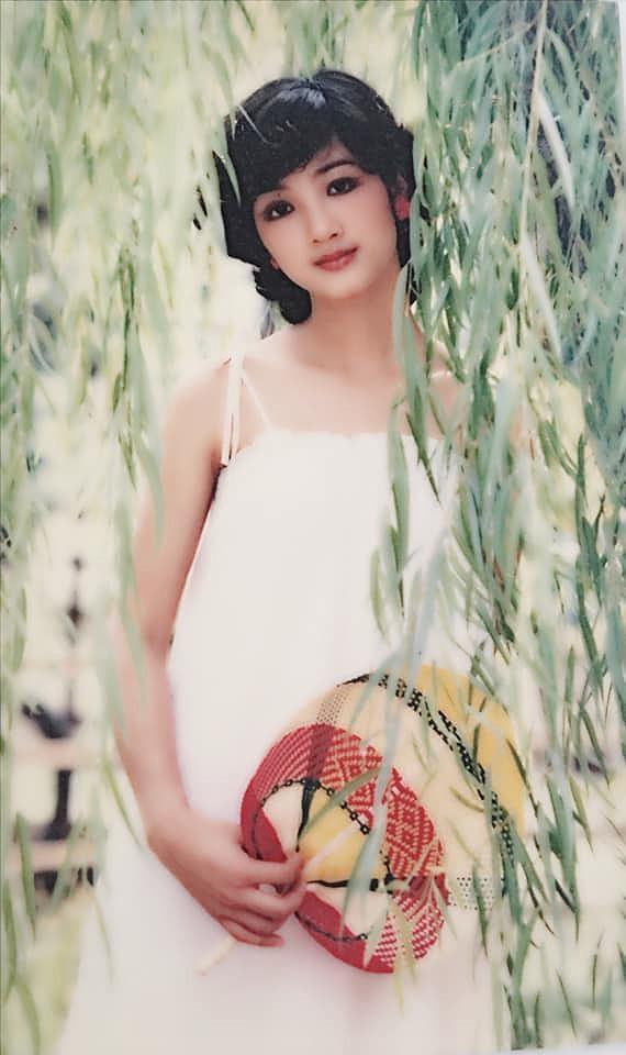 Nhan sắc không tuổi và khối tài sản khủng của Hoa hậu Đền Hùng Giáng My  - Ảnh 2.