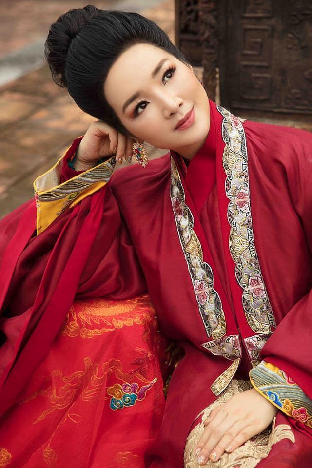 Nhan sắc không tuổi và khối tài sản khủng của Hoa hậu Đền Hùng Giáng My  - Ảnh 7.