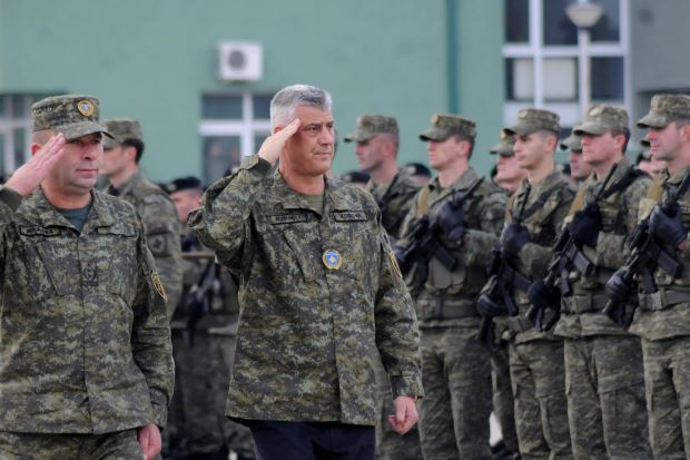Tia lửa cho thùng thuốc súng Balkan: Liệu Nga có đứng sau Serbia đè bẹp quân đội Kosovo? - Ảnh 4.