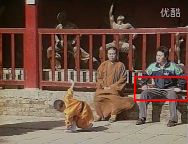 Cha Thích Tiểu Long: Thân thế khủng, là đại cao thủ Thiếu Lâm, gia sản đủ mua cả con phố sầm uất - Ảnh 4.
