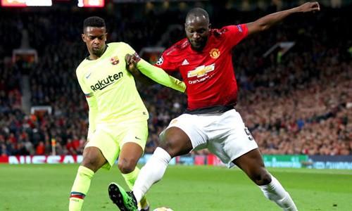 Man United không thể lật đổ Barca nếu cứ đánh cược vào một người không xứng đáng - Ảnh 1.