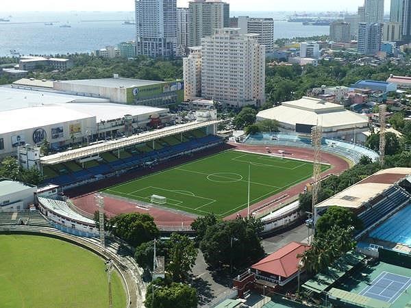 Philippines phải cải tạo lại các sân bóng phục vụ SEA Games 30 - Ảnh 2.