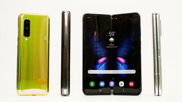 Cận cảnh Samsung Galaxy Fold: Smartphone đắt đỏ nhưng độc lạ và xịn sò nhất hiện nay! - Ảnh 4.