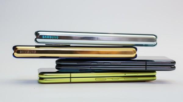 Cận cảnh Samsung Galaxy Fold: Smartphone đắt đỏ nhưng độc lạ và xịn sò nhất hiện nay! - Ảnh 10.