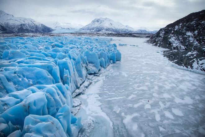 Khối lượng băng khổng lồ tương đương với 27 tỷ chiếc Boeing 747 đã biến mất - Ảnh 1.