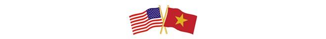 Thượng nghị sỹ Mỹ kể về cái hôn bất ngờ ở Việt Nam và câu chuyện khiến Tổng thống Bush rơi nước mắt - Ảnh 2.