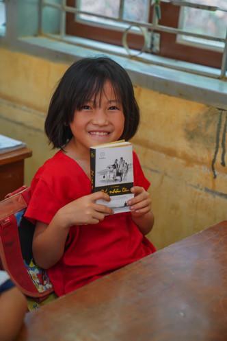 Khát vọng thay đổi cuộc đời và lòng hiếu học của những đứa trẻ vùng cao nơi địa đầu Tổ quốc - Ảnh 1.