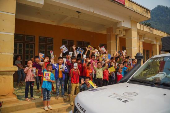 Khát vọng thay đổi cuộc đời và lòng hiếu học của những đứa trẻ vùng cao nơi địa đầu Tổ quốc - Ảnh 3.