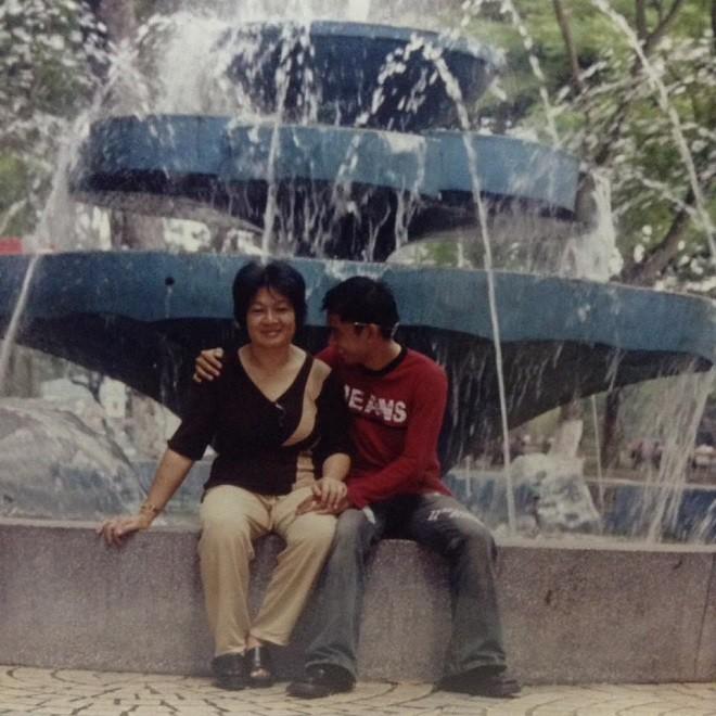 Học trò đại gia của danh hài Minh Nhí: Chỉ cần trễ 15 phút thôi là mẹ tôi chết rồi - Ảnh 1.