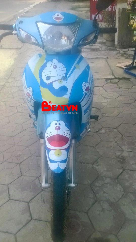 Chàng trai 23 tuổi bị bạn gái chia tay chỉ vì... chiếc xe máy dán hình Doraemon - Ảnh 1.
