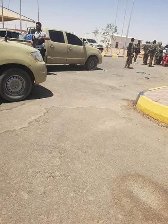 Libya nóng chưa từng có - Bị đánh úp LNA thất thủ ở căn cứ KQ đặc biệt quan trọng, ra lệnh tử chiến - Ảnh 1.