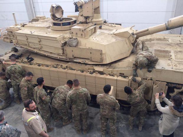 Xe tăng T-90 Nga thực sự hot: Việt Nam, Iraq lần lượt nhận hàng - Ảnh 6.