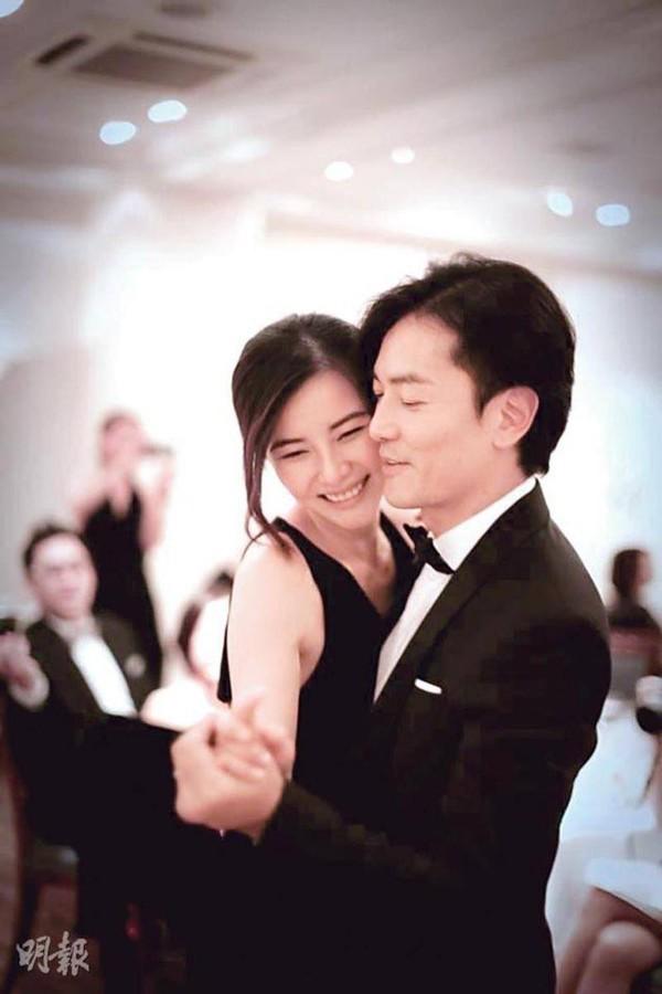Giữa loạt scandal ngoại tình của giới giải trí vẫn có cặp vợ chồng nắm chặt tay nhau suốt 13 năm: Mông Gia Tuệ và Trịnh Y Kiện - Ảnh 2.