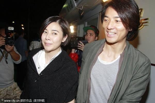 Giữa loạt scandal ngoại tình của giới giải trí vẫn có cặp vợ chồng nắm chặt tay nhau suốt 13 năm: Mông Gia Tuệ và Trịnh Y Kiện - Ảnh 13.