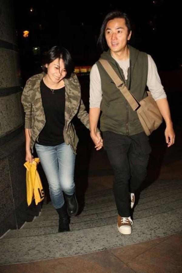 Giữa loạt scandal ngoại tình của giới giải trí vẫn có cặp vợ chồng nắm chặt tay nhau suốt 13 năm: Mông Gia Tuệ và Trịnh Y Kiện - Ảnh 5.