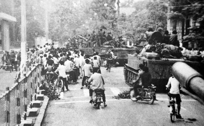 Lính xe tăng lái mò cả đêm để đúng giờ xuất kích: Trận mở màn cho Hành trình đến Dinh Độc Lập - Ảnh 3.