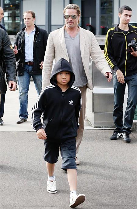 Pax Thiên: Từ cậu bé Việt mồ côi, suy dinh dưỡng đến chàng thanh niên rắn rỏi, sát cánh bên mẹ nuôi Angela Jolie đi qua những tháng ngày yếu đuối nhất cuộc đời  - Ảnh 8.