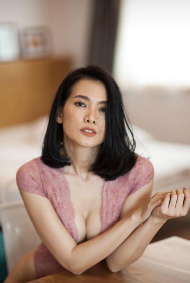 Cựu siêu mẫu Anh Thư nghiện khoe hình gợi cảm sau khi ly hôn - Ảnh 5.
