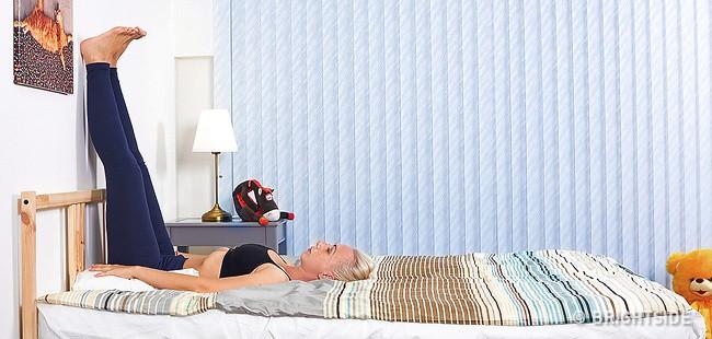 6 tư thế nằm giúp bạn chìm vào giấc ngủ ngay lập tức: Thực hiện hàng ngày hiệu quả rất tốt - Ảnh 3.