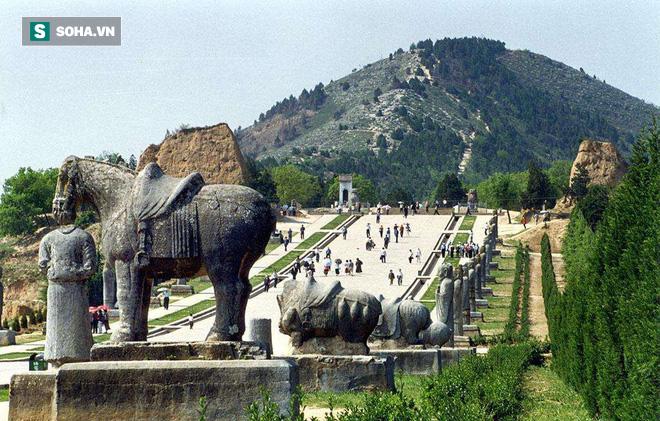 Lăng mộ Võ Tắc Thiên: Ngàn năm không ai dám xâm phạm vì sợ những chuyện rùng rợn này - Ảnh 3.