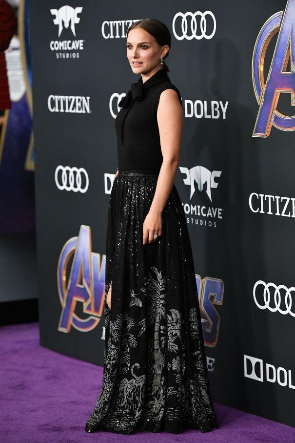 Siêu thảm tím Avengers: Endgame hot nhất 2019: Dàn sao Marvel sang chảnh, vợ chồng Miley Cyrus chiếm trọn spotlight - Ảnh 26.